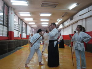 Тренировки с оръжие в Айкидо клуб Локомотив